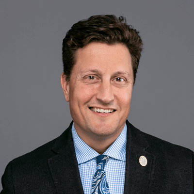portrait of Greg Schofer